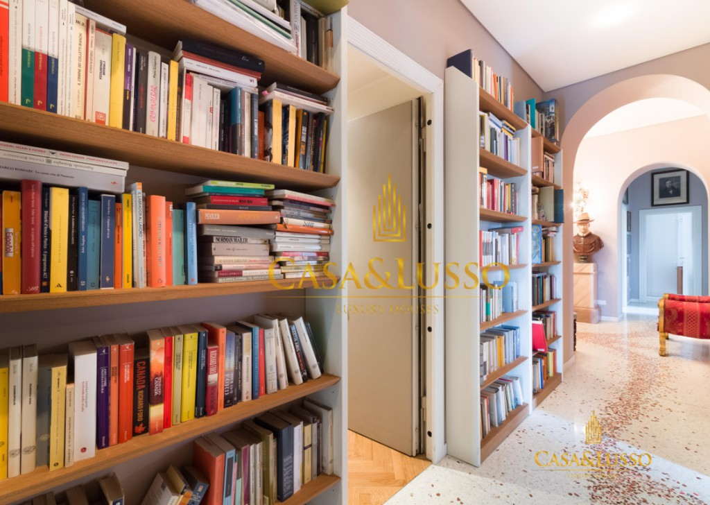 For Sale Apartments Milan - Majestic residence of high representation Locality