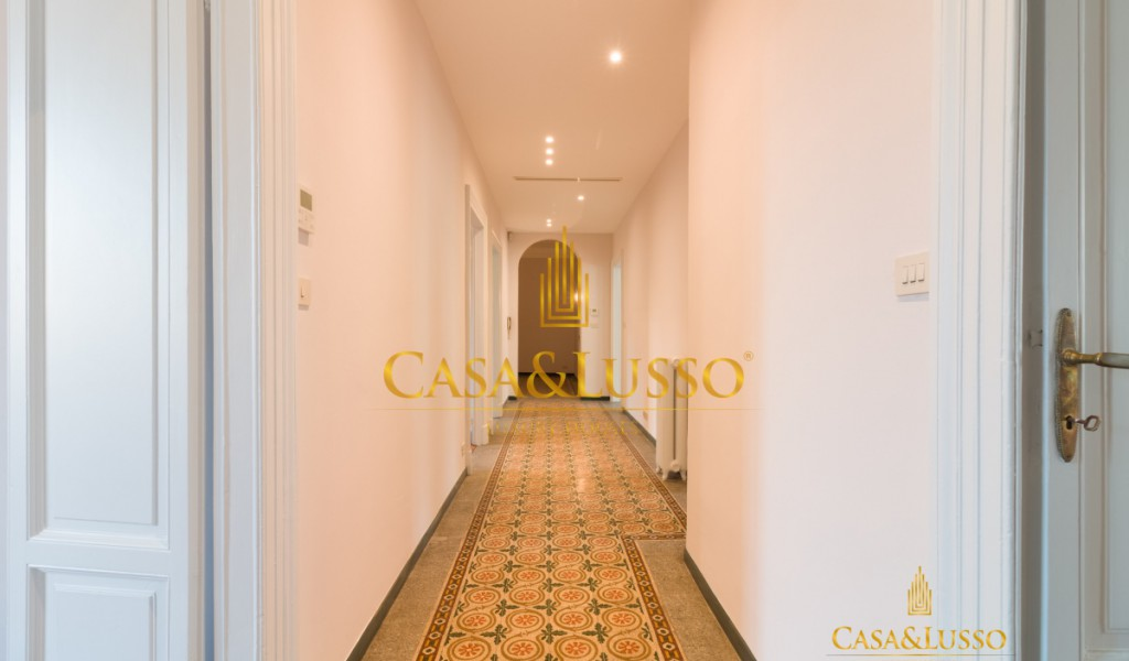 Piazza Duse, elegant flat with box