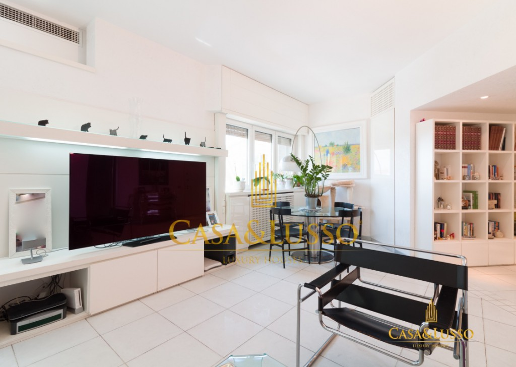 For Sale Apartments Milan - Apartment with terraces on the floor  Locality