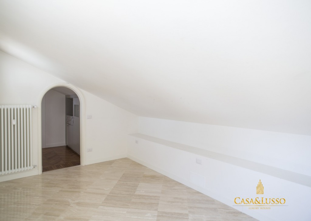 For Rent Penthouse Milan - Penthouse with terrace  Locality