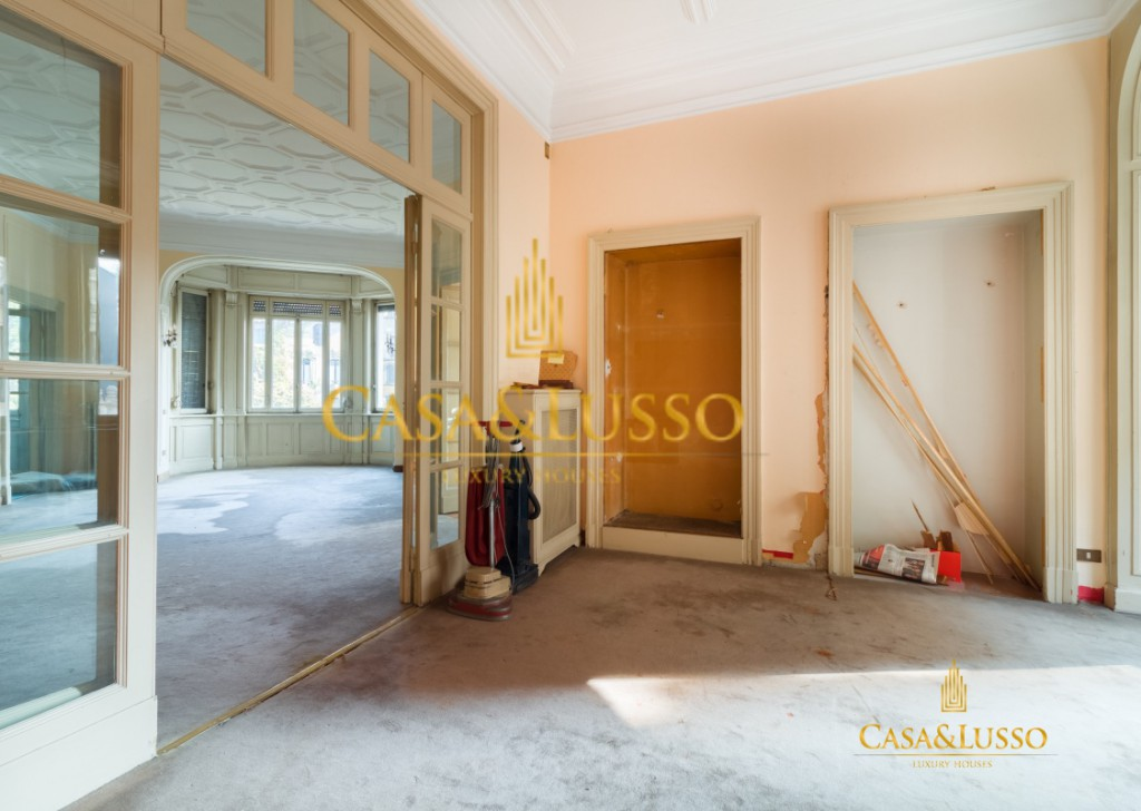 For Sale Apartments Milan - Piazza Duse, majestic residence to be renovated  Locality
