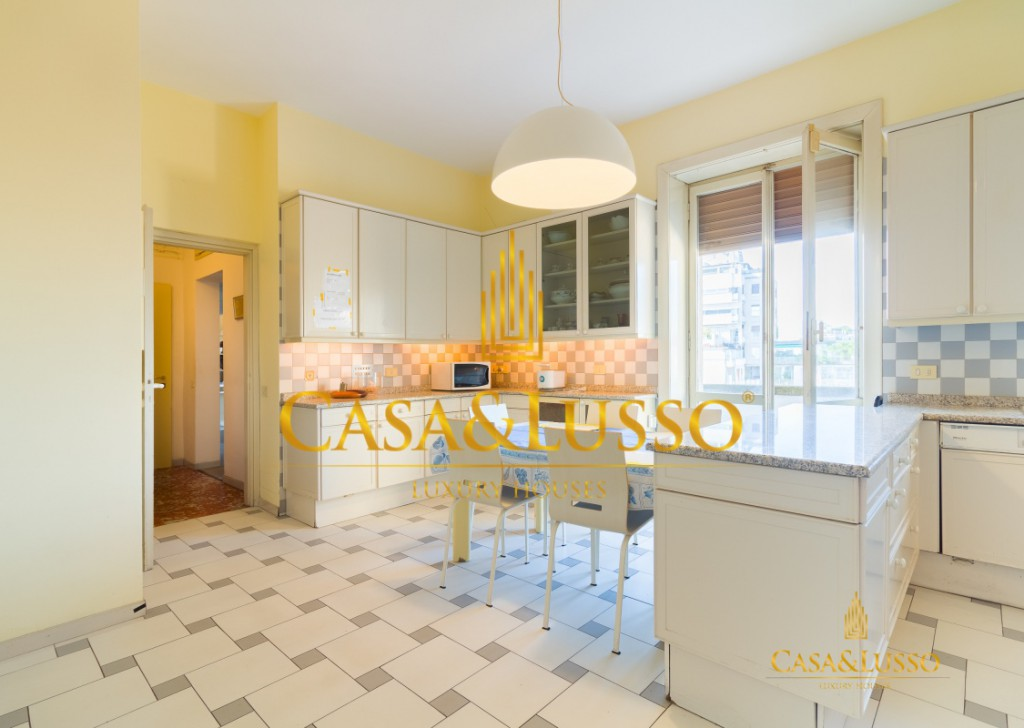 For Sale Apartments Milan - Impressive flat with box Locality