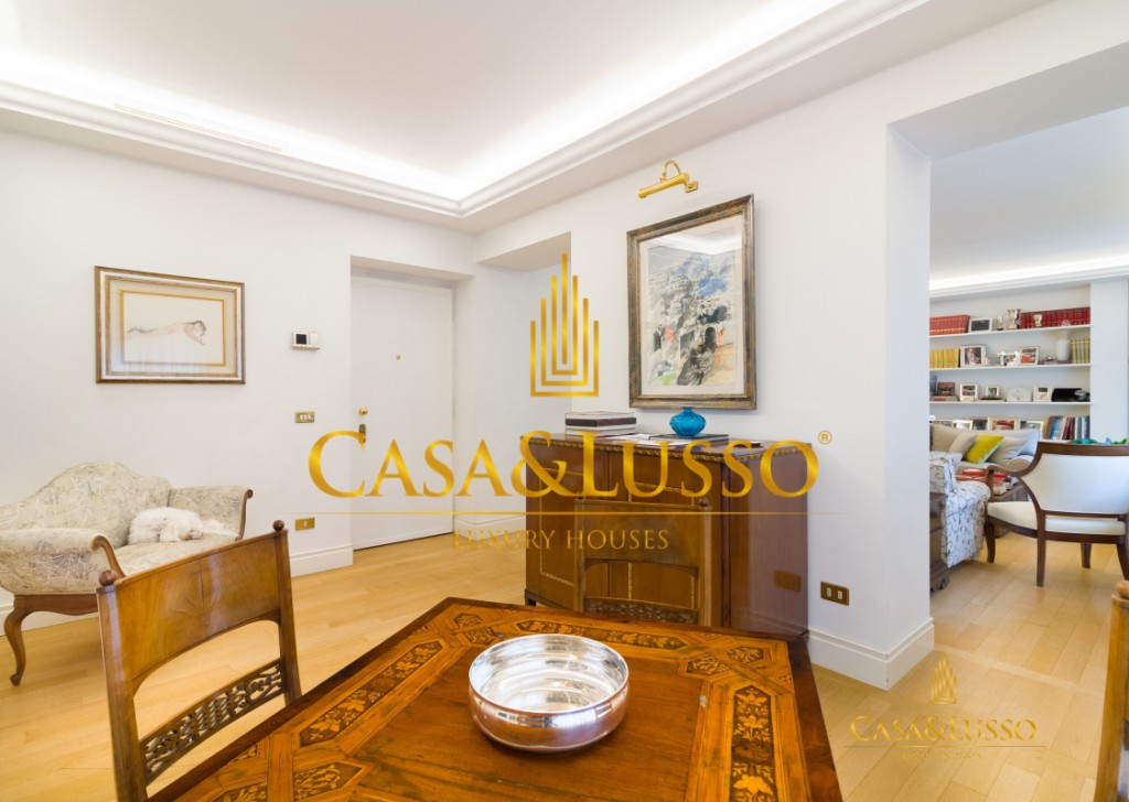For Sale Penthouse Milan - Charme Penthouse in Repubblica area Locality